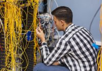 Fiber Optics: How it Works, Uses, Installation, Salaries